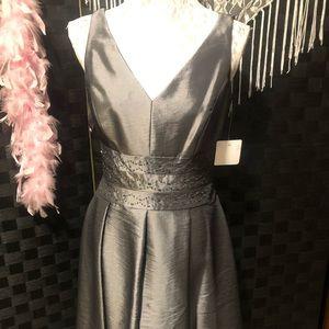 Jones Wear Dress with Embellished Waist